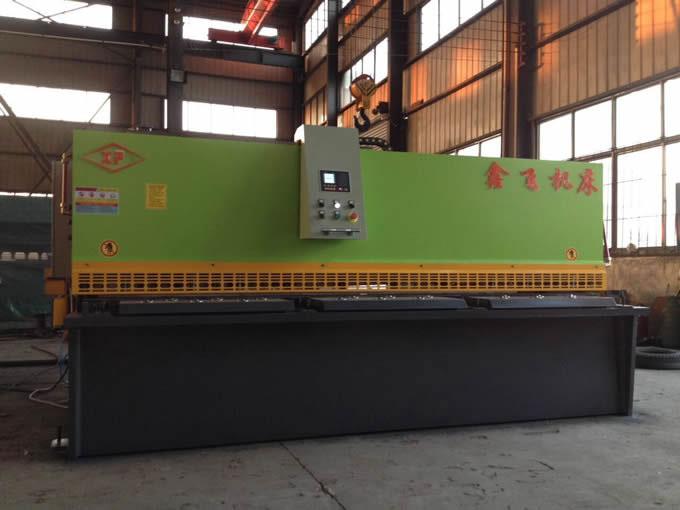 QC12Y-6X4000摆式剪板机